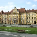 Povodom Dana Grada Zagreba, u srijedu, 31. svibnja 2017., besplatan je razgled Muzeja za umjetnost i obrt